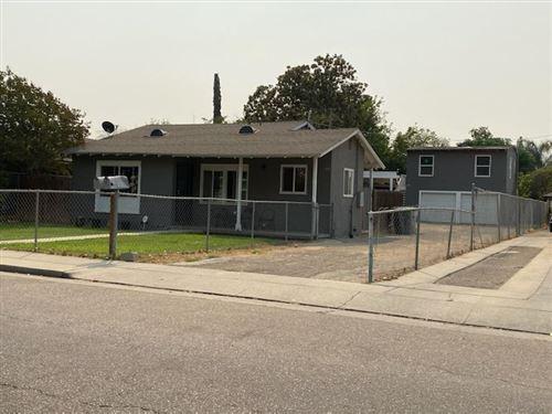 Photo of 1007 W University Avenue, Fresno, CA 93705 (MLS # 566965)