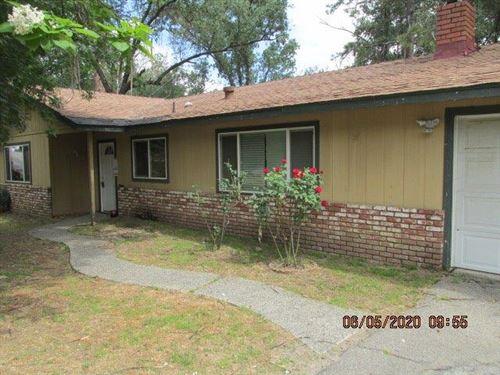 Photo of 49857 Canoga Drive, Oakhurst, CA 93644 (MLS # 542970)