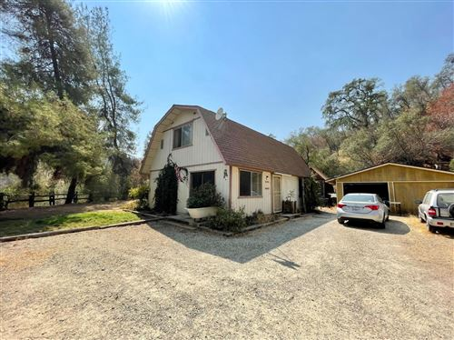Photo of 38167 Barberry Lane, Squaw Valley, CA 93675 (MLS # 566971)