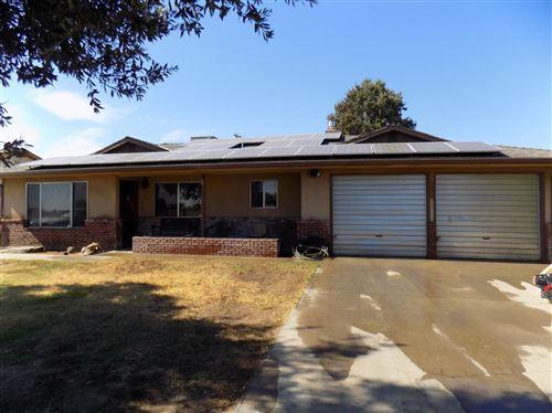 Photo of 4310 W Dennett Avenue, Fresno, CA 93722 (MLS # 563986)