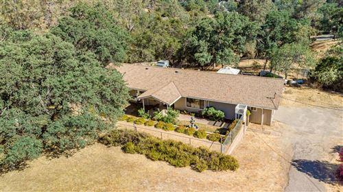 Photo of 43230 Ranger Circle Drive, Coarsegold, CA 93614 (MLS # 560991)