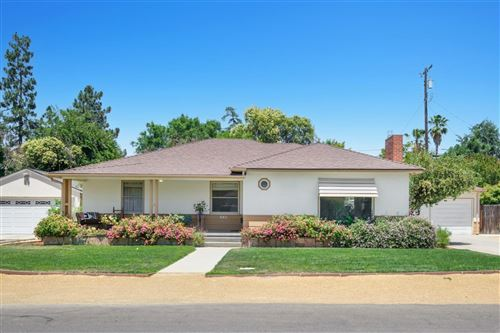 Photo of 643 E Beverly Way, Fresno, CA 93704 (MLS # 560994)