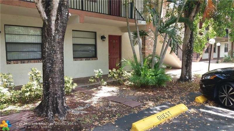 Photo for 1367 NW 94th Way #1367, Coral Springs, FL 33071 (MLS # F10176000)