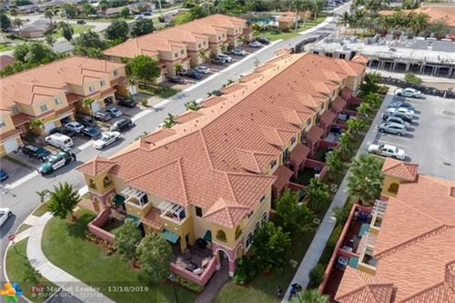 Photo of Listing MLS f10207003 in 2991 NW 35th Ter #2991 Lauderdale Lakes FL 33311