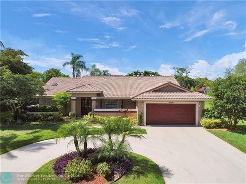 Foto de inmueble con direccion 5000 NW 85th Rd Coral Springs FL 33067 con MLS F10219004