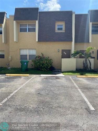 Foto de inmueble con direccion 5852 Blueberry Ct #72 Lauderhill FL 33313 con MLS F10249006