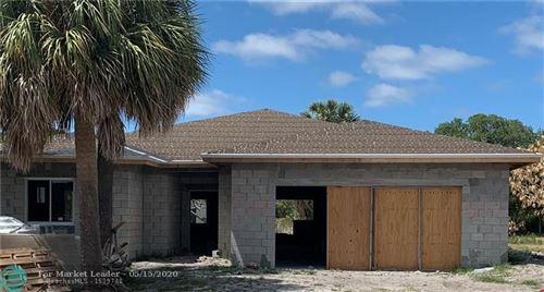 Foto de inmueble con direccion 589 NE 1st Ave Deerfield Beach FL 33441 con MLS F10229008