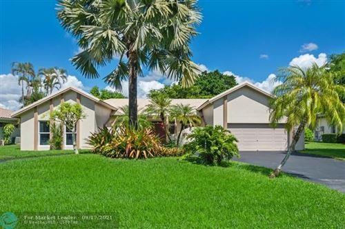 Photo of 9511 Conch Shell Mnr, Plantation, FL 33324 (MLS # F10300008)