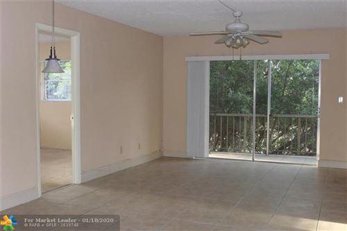 Photo of 961 NW 45th St #6, Deerfield Beach, FL 33064 (MLS # F10212009)