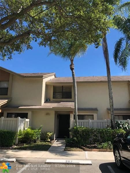 Photo for 4804 NW 22nd. St #4118, Coconut Creek, FL 33063 (MLS # F10184019)
