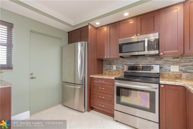 Photo of 4800 Bayview Dr #803, Fort Lauderdale, FL 33308 (MLS # F10203021)