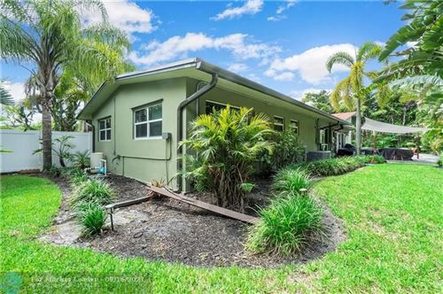 Photo of 801 NW 24th St, Wilton Manors, FL 33311 (MLS # F10298023)