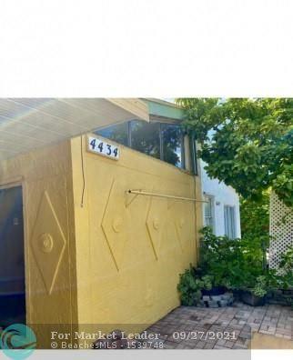 Photo of 4434 NW 185th St, Miami Gardens, FL 33055 (MLS # F10302024)