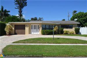 Photo of 917 SE 16th Pl, Deerfield Beach, FL 33441 (MLS # F10116026)