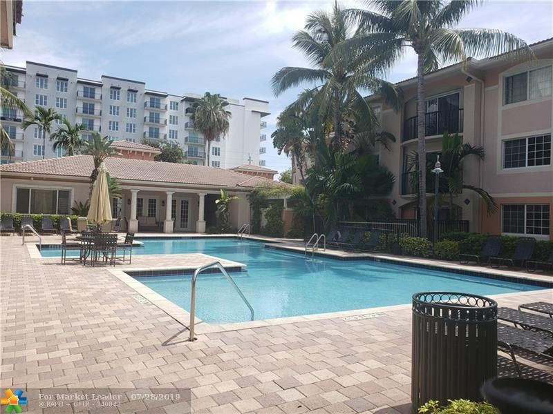 Photo for 2131 SE 10th Ave #1106, Fort Lauderdale, FL 33316 (MLS # F10184026)