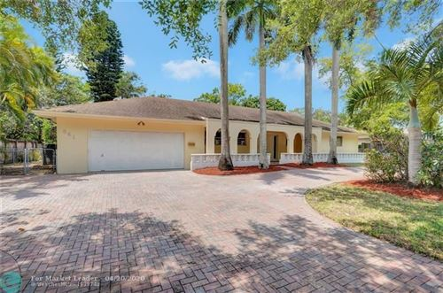 Photo of Listing MLS f10225027 in 541 SW 75th Ter Plantation FL 33317