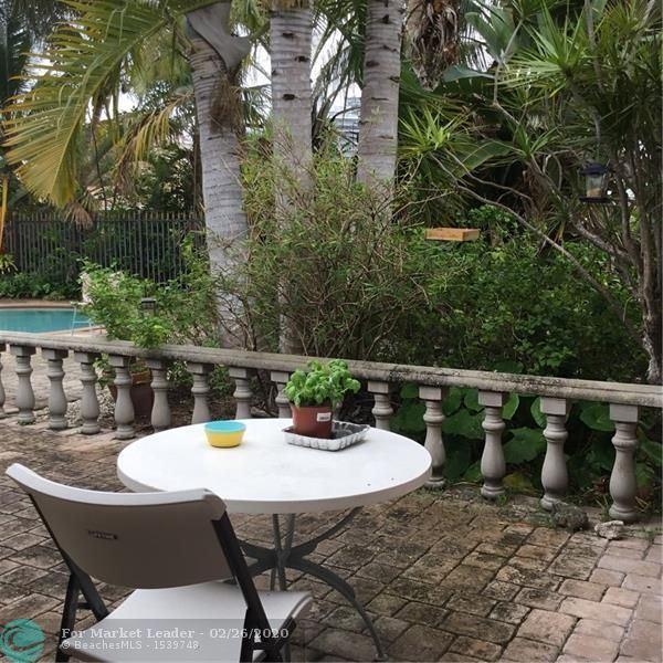Photo of 2600 NE 32nd Ave, Fort Lauderdale, FL 33308 (MLS # F10217028)