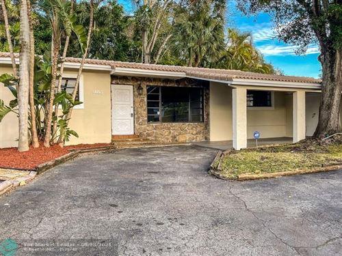 Photo of 1400 SW 15 TE, Fort Lauderdale, FL 33312 (MLS # F10300031)
