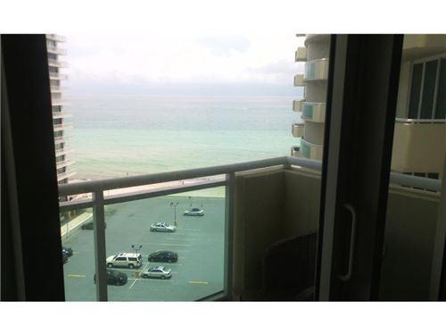 Photo of 3001 S Ocean Dr #1049, Hollywood, FL 33019 (MLS # F10259036)