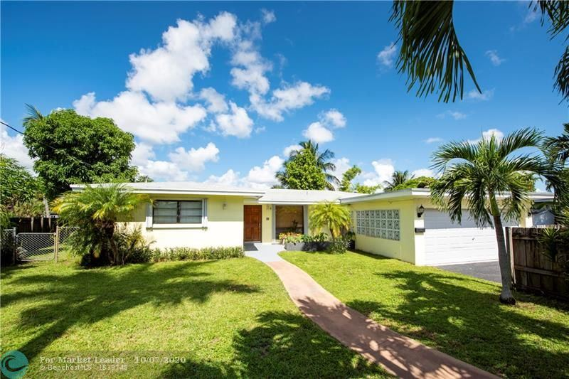 Photo of 2901 NW 9th Ter, Wilton Manors, FL 33311 (MLS # F10244036)
