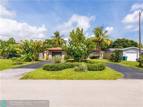 Photo of 811 NW 35th St, Oakland Park, FL 33309 (MLS # F10304037)