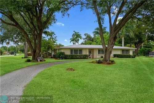 Photo of 119 W Esperanza Ave, CLEWISTON, FL 33440 (MLS # F10300041)