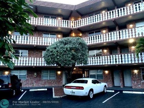Photo of 801 NE 18th Ct #302, Fort Lauderdale, FL 33305 (MLS # F10294043)