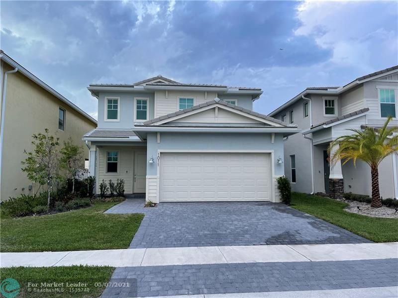 Photo of 1011 Azul Ct, Deerfield Beach, FL 33064 (MLS # F10282045)