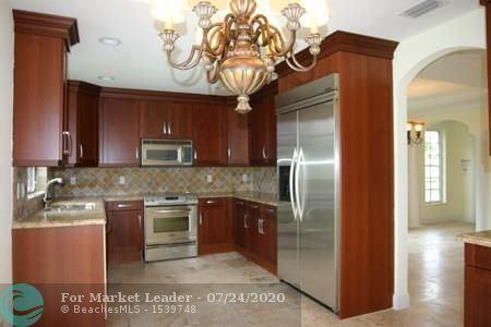 Photo of 1505 SE 2nd St #1505, Fort Lauderdale, FL 33301 (MLS # F10237046)