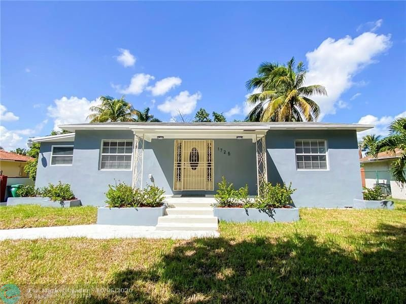 1725 NW 107th St, Miami, FL 33167 - MLS#: F10246046