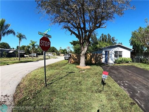Photo of 301 Lancaster St, Boca Raton, FL 33487 (MLS # F10218050)