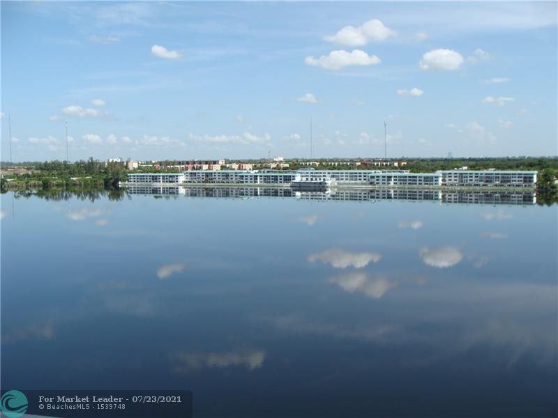 1301 NE Miami Gardens Dr #812W, Miami, FL 33179 - #: F10294051