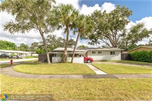 Photo of 2731 SW 16th Ct, Fort Lauderdale, FL 33312 (MLS # F10194052)