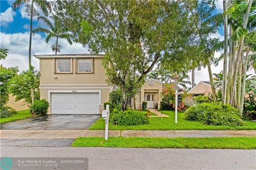Photo of 4000 SW 72nd Ter, Davie, FL 33314 (MLS # F10249052)