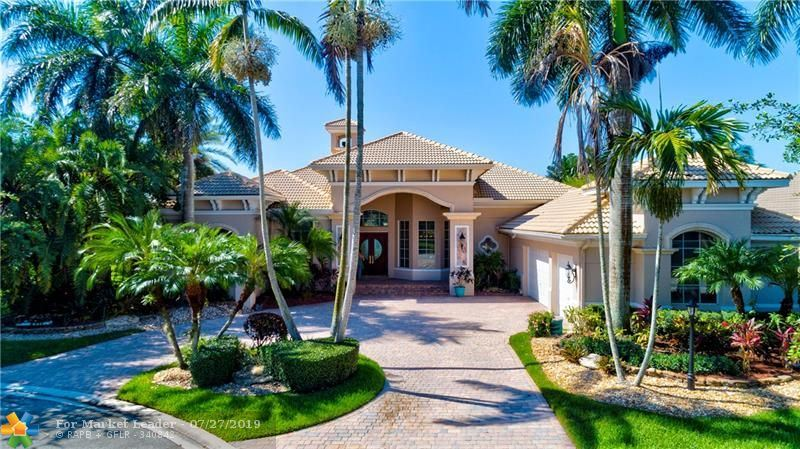 Photo for 7306 NW 127th Way, Parkland, FL 33076 (MLS # F10186062)