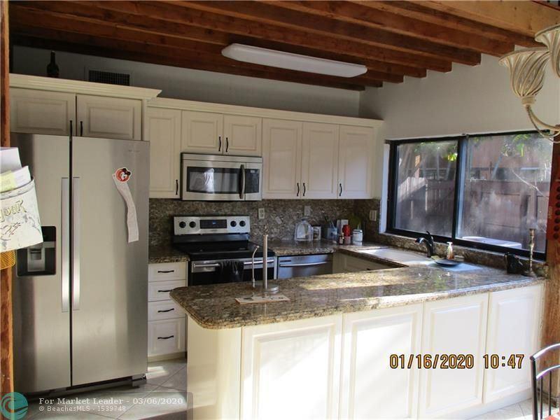 10170 Oleander Ct #10170, Pembroke Pines, FL 33026 - #: F10220063