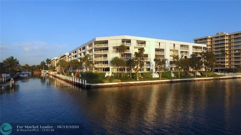 Photo for 3100 NE 47th Court #TH8, Fort Lauderdale, FL 33308 (MLS # F10216065)