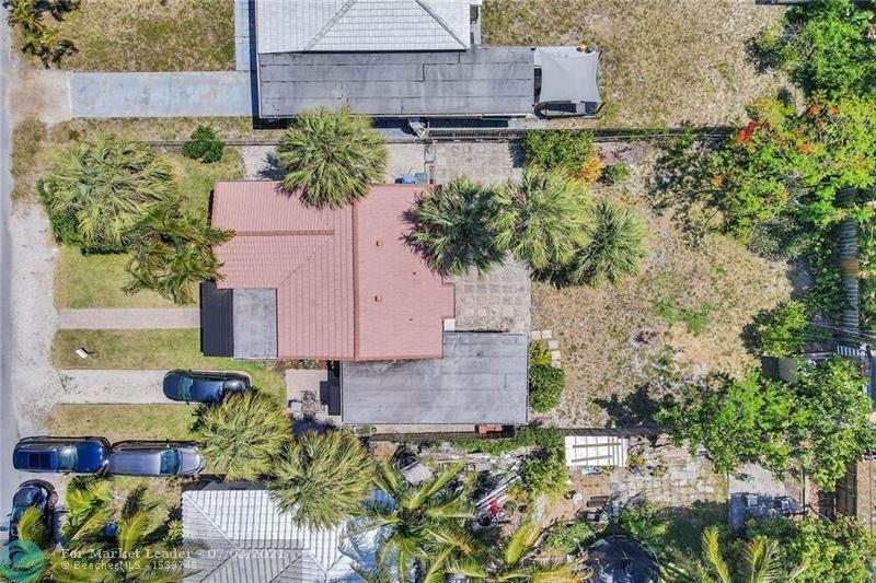 Photo of 1535 NE 17th Way, Fort Lauderdale, FL 33304 (MLS # F10291065)