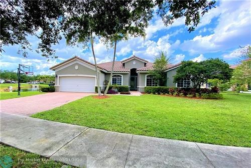 Photo of Listing MLS f10230071 in 2808 POINCIANA CIR Cooper City FL 33026