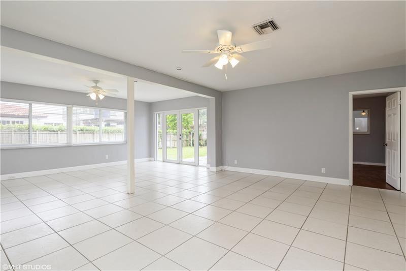 Photo of 2708 NE 25th Ct, Fort Lauderdale, FL 33305 (MLS # F10280072)