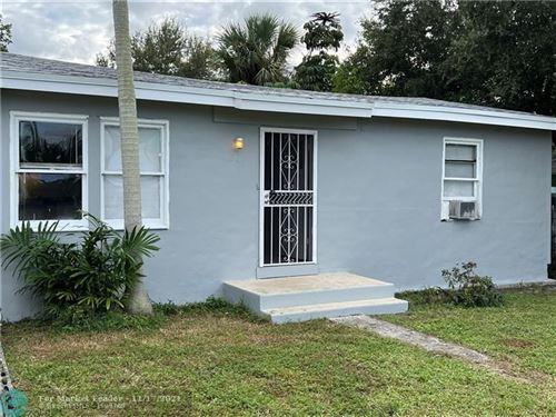 Photo of 263 SW 3 Terrace, Dania Beach, FL 33004 (MLS # F10271079)