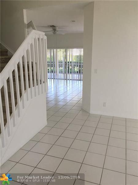 Photo of 10905 La Salinas Cir, Boca Raton, FL 33428 (MLS # F10206079)