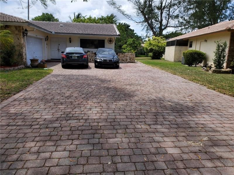 280 NW 86th Ter, Coral Springs, FL 33071 - #: F10283085