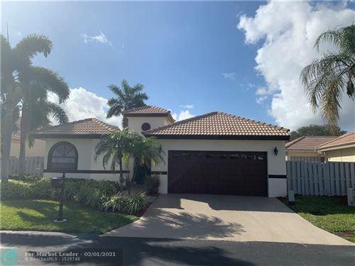 Photo of 167 Orange Dr, Boynton Beach, FL 33436 (MLS # F10269090)