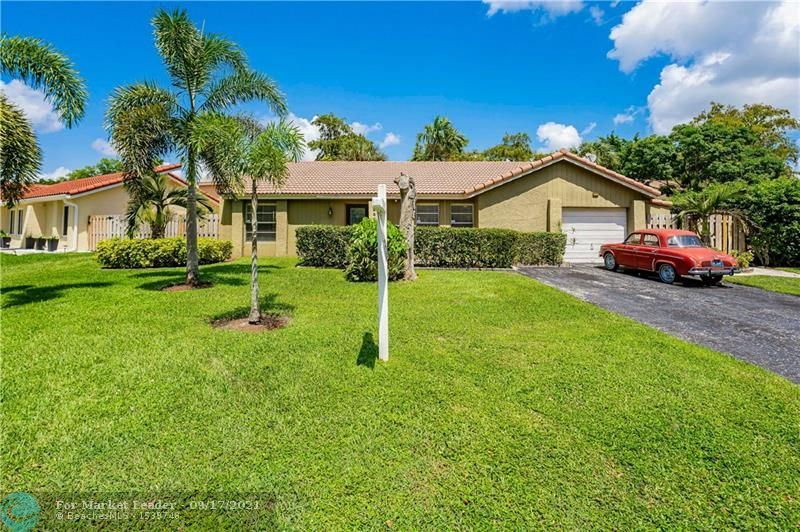 1225 NW 89th Dr, Coral Springs, FL 33071 - #: F10301090
