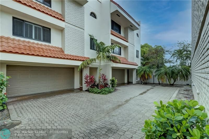 Photo of 1401 NE 9th St #33, Fort Lauderdale, FL 33304 (MLS # F10291091)