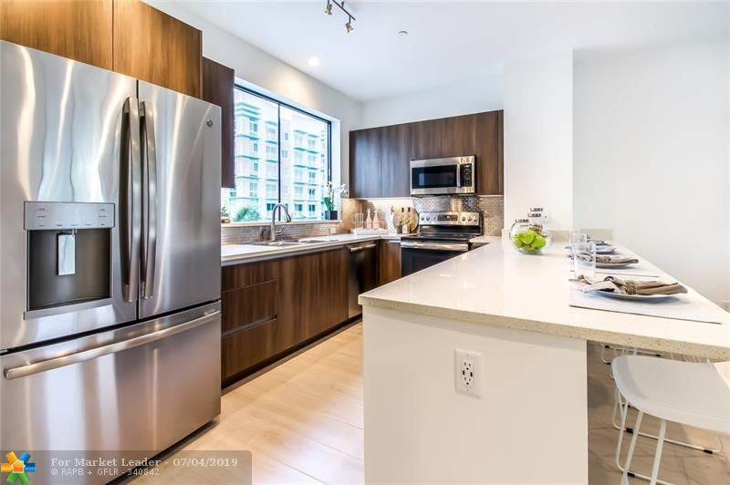 Photo for 611 NE 2nd Avenue #3-611, Fort Lauderdale, FL 33304 (MLS # F10171095)