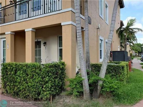 Photo of 871 SW 147th Ave #871, Pembroke Pines, FL 33027 (MLS # F10246096)