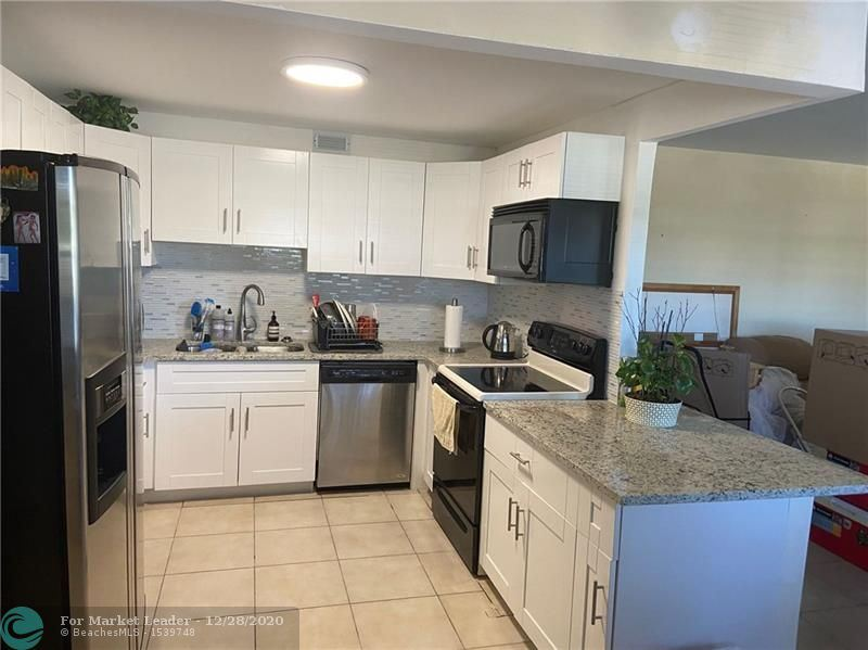 2024 Oakridge D #2024, Deerfield Beach, FL 33442 - #: F10263099
