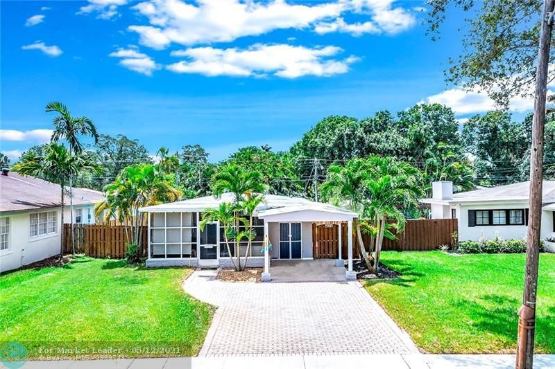 Photo of 1008 SW 19th St, Fort Lauderdale, FL 33315 (MLS # F10284099)